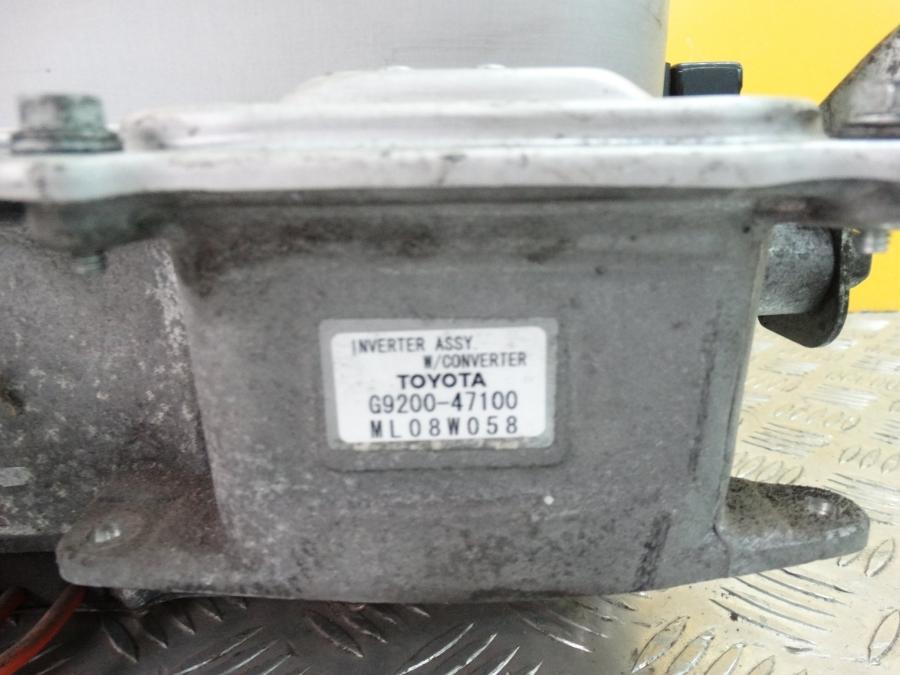 TOYOTA PRIUS 2004-   COMPLETE ENGINE  INWERTER